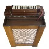 Maas-Rowe Vibrachime Keyboard Carillon