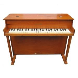 Schoenhut 4-Octave Toy Piano
